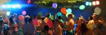 Discozwemmen bij Zwembad Wasbeek